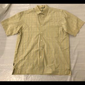 IZOD Men's Medium Button Down